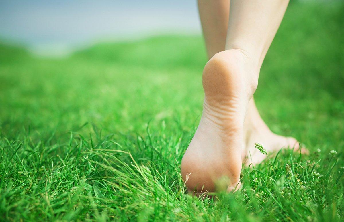 walking-in-grass